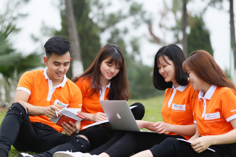 Bằng Cao đẳng gọi là gì? Sự khác nhau giữa Cao đẳng chính quy và Cao đẳng nghề?