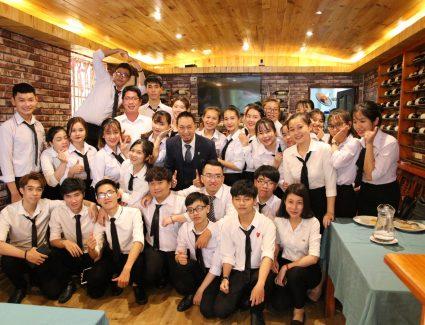 Ngành quản trị khách sạn nên học trường nào ở TPHCM? Ngành Quản trị khách sạn là gì?